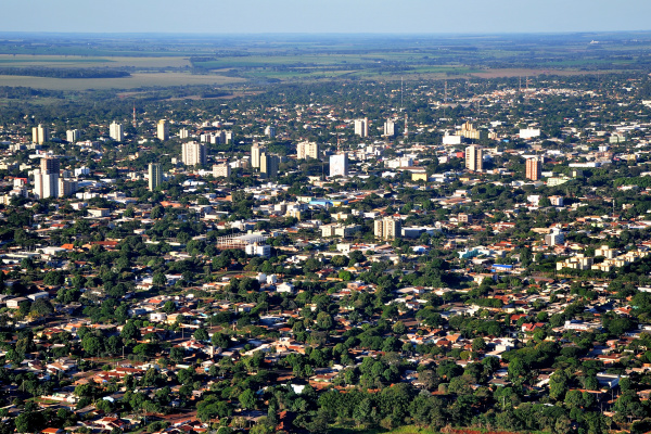 Com localização estratégica no Estado, Dourados cresce na oferta de produtos e serviços. - Crédito: Foto: Assecom