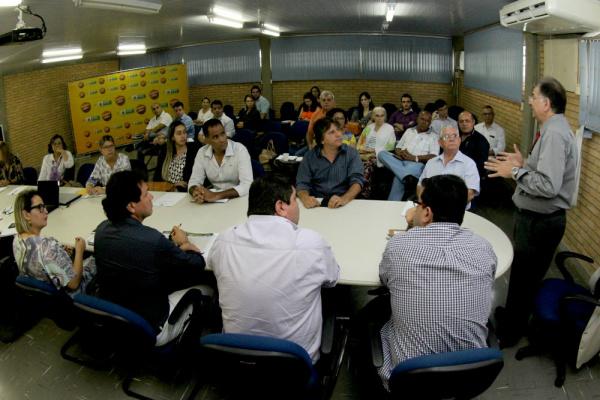 O encontro foi realizado na Sala de Situação, localizada em frente à Acadepol, no Parque dos Poderes. - Crédito: Foto: Chico Ribeiro