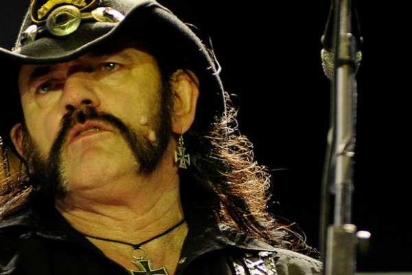 Líder da banda inglesa de heavy metal Motörhead, Lemmy Kilmister. - Crédito: Foto: Divulgação
