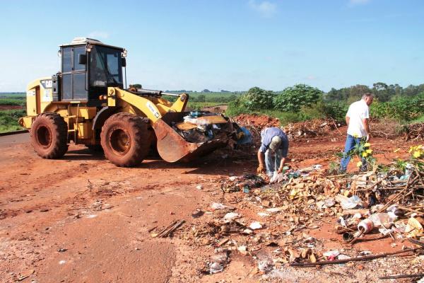 Força-tarefa busca apoio da população e atua para erradicar pontos críticos de resíduos sólidos. - Crédito: Foto: Thiago Odeque