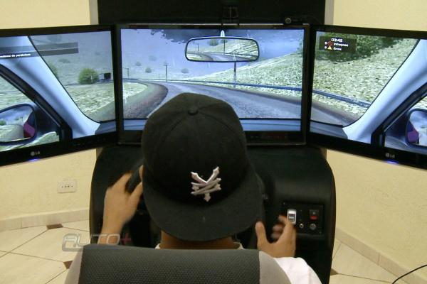 No simulador, os alunos têm reproduzidas diversas situações. - Crédito: Foto: Divulgação