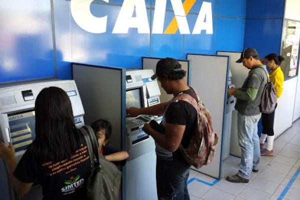 Salários dos servidores da Prefeitura estão depositados. - Crédito: Foto: Lucho Rocha