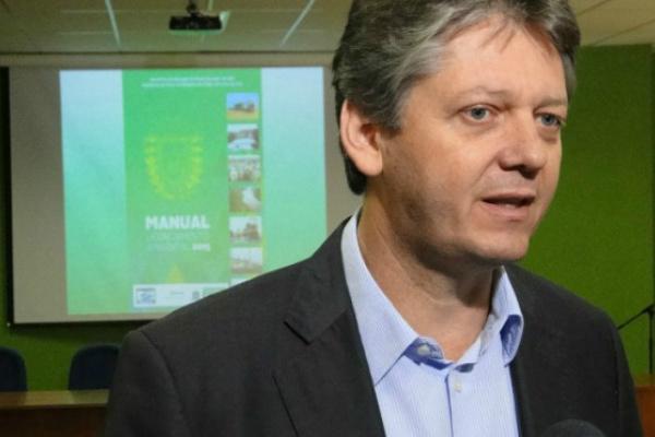 Diretor-presidente do Instituto de Meio Ambiente Jaime Verruck diz que, o governo tem parceria com  Assomasul para reforçar os prazos. - Crédito: Foto: Divulgação