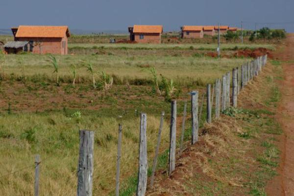 Moradias do Assentamento Itamaraty, onde foram constatadas  irregularidades em auditoria da CGU. - Crédito: Foto: Acervo do Incra