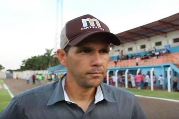 Técnico Chiquinho Lima espera todos os jogadores esta manhã para iniciar treinamentos em 2016. - Crédito: Foto: Divulgação
