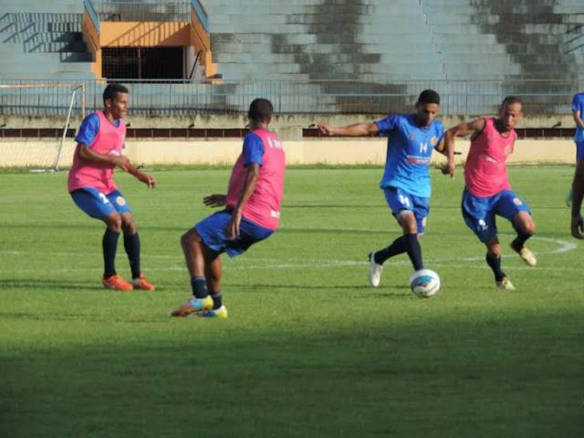 Treinos do Sete de Dourados iniciaram em 9 de janeiro; equipe ganhou reforço de um meia-atacante. - Crédito: Foto: Divulgação