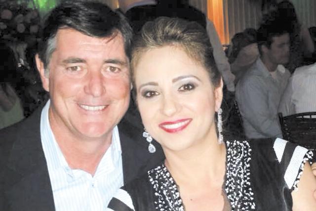 Parabéns e felicidades ao casal Daniely e Leonildo Bigatão que hoje comemora 25 anos de feliz união conjugal. -