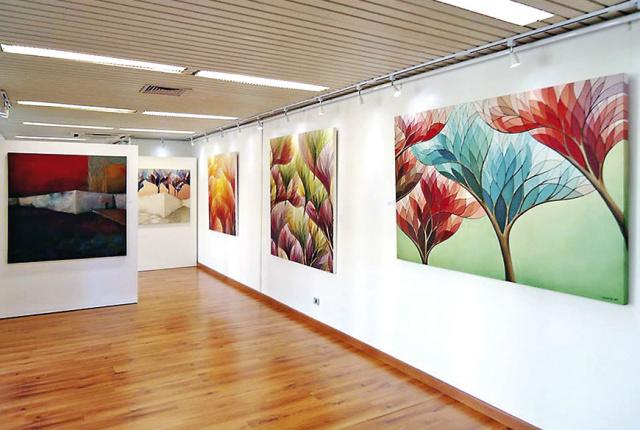 """Exposição """"Vazios Emparedados"""", de Carlo Batistella, traz pinturas em óleo sobre tela e trabalha com total liberdade de técnica e estilo. - Crédito: Foto: Divulgação"""