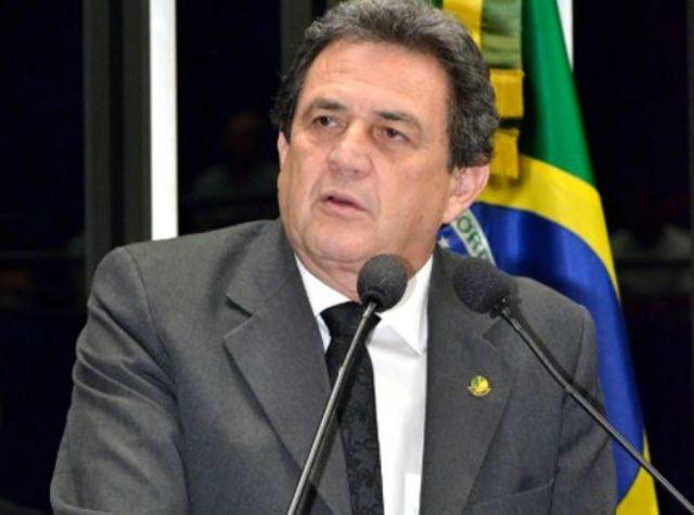 Senador Waldemir Moka diz que o PMDB tem bons nomes para disputar a Prefeitura da Capital. - Crédito: Foto: Divulgação