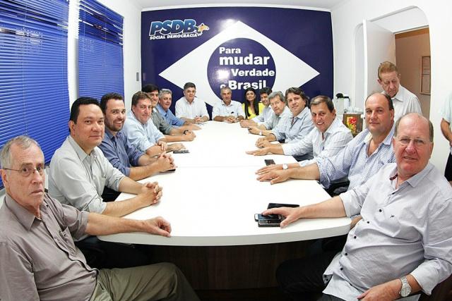 PSDB reuniu suas principais lideranças para analisar o quadro político em Mato Grosso do Sul, principalmente em municípios considerados estratégicos. - Crédito: Foto: Divulgação