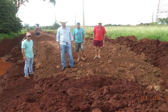 Vereador acompanhou de perto o trabalho de recuperação. - Crédito: Foto: Divulgação