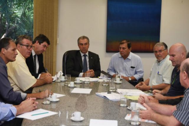 Anúncio durante encontro do governador com produtores. - Crédito: Foto: Jessica Barbosa