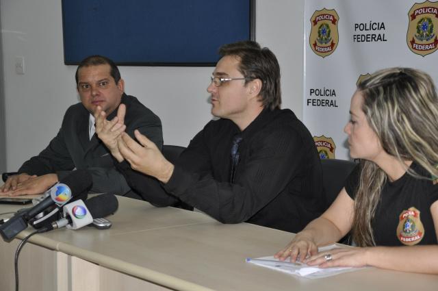 Delegados da Polícia Federal esclarecem esquema do tráfico de drogas comandado por família em Mato Grosso do Sul. - Crédito: Foto: Hedio Fazan