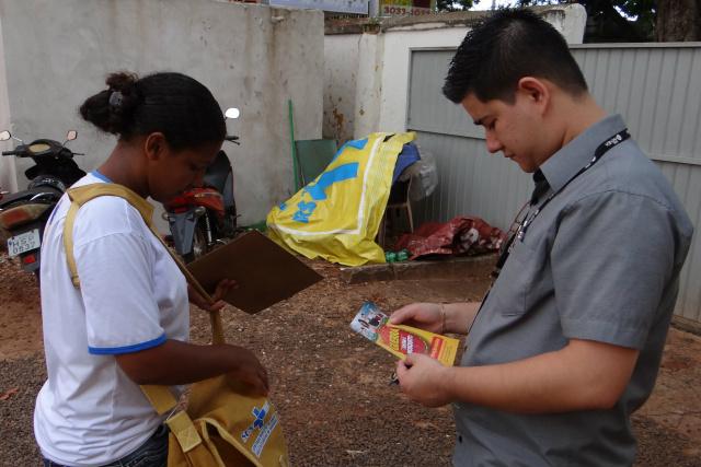 Mutirão contra mosquito concentrou esforços no comércio. - Crédito: Foto: Divulgação
