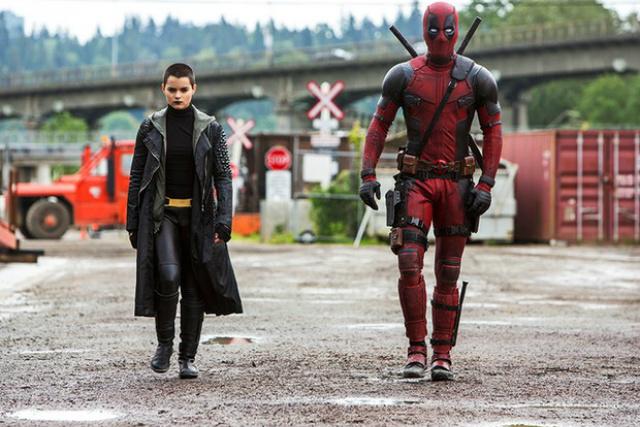 Não são poucos os adjetivos a serem creditados a Deadpool, o personagem da Marvel insano, instável, violentíssimo e, ainda assim, cômico. - Crédito: Foto: Divulgação