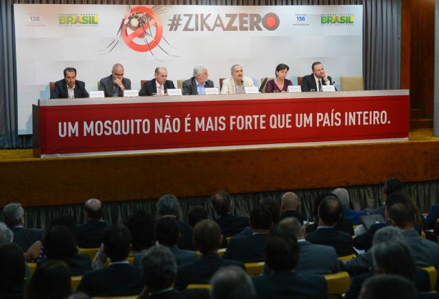 Ministros durante reunião preparatória para o chamado Dia da Faxina, que acontece hoje. - Crédito: Foto: Fabio Rodrigues Pozzebom/Agência Brasil
