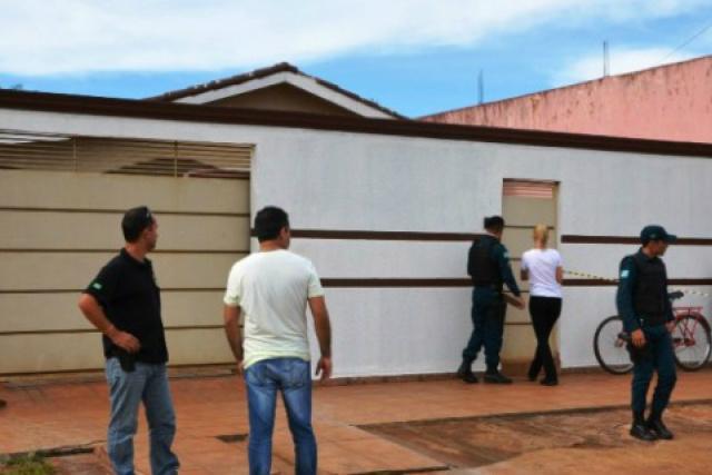 Crime aconteceu na frente da residência da vítima. - Crédito: Foto: PorãNews