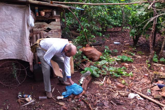 Prefeitura de Dourados fez mutirão  dentro da reserva indígena. - Crédito: Foto: CCZ