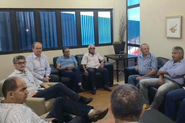 Reunião organizada por Idenor entre produtores do Panambi. - Crédito: Foto: Divulgação