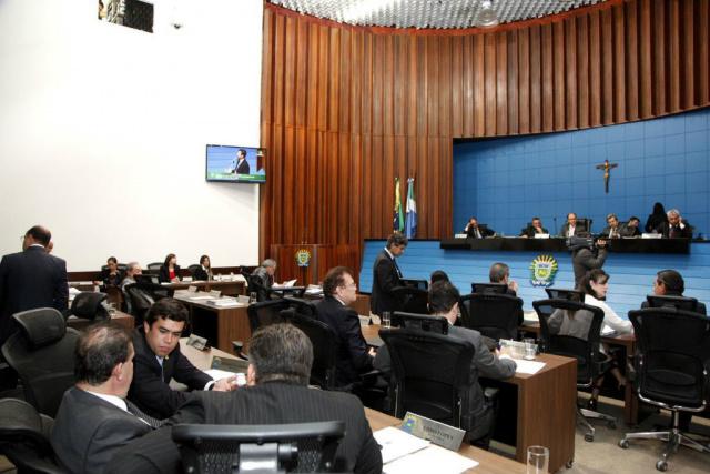 Parlamentares mantiveram três vetos do Poder Executivo na sessão ordinária de ontem. - Crédito: Foto: Victor Chileno