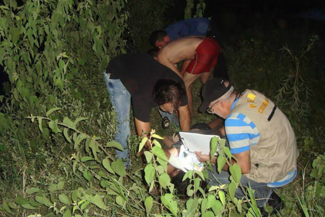 Eles estavam em uma prancha de isopor que virou. - Crédito: Foto: Divulgação