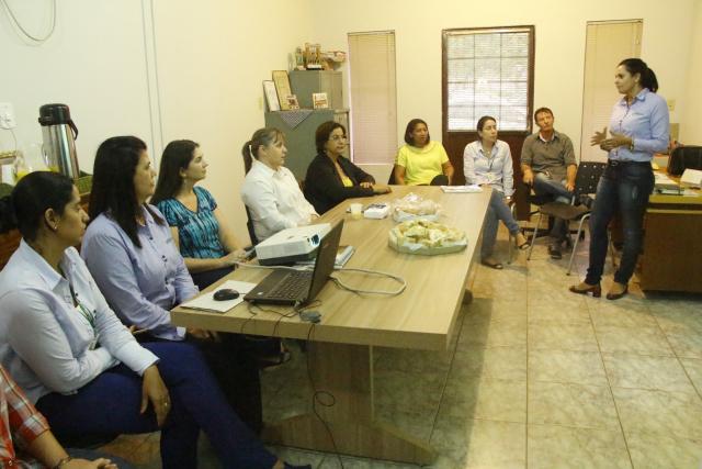 Encontro serviu para definir detalhes e firmar a parceria que insere Ivinhema e Novo Horizonte do Sul no programa Agrinho da Famasul. - Crédito: Foto: Kauhê Prieto
