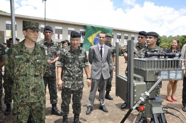 General Kiyofumi Iwata, afirmou que o Sisfron será utilizado como exemplo na elaboração de programa semelhante no seu país. - Crédito: Foto: Hedio Fazan
