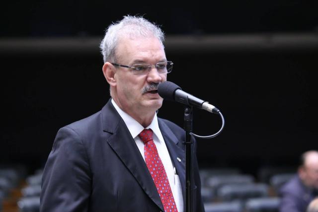 Deputado Geraldo Resende diz que tomará uma decisão até o dias 19 deste mês. - Crédito: Foto: Divulgação