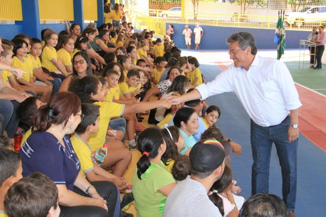 Solenidade marcou entrega de obras na Escola Municipal Arco-Íris na cidade de Nova Andradina. - Crédito: Foto: Thiago Odeque