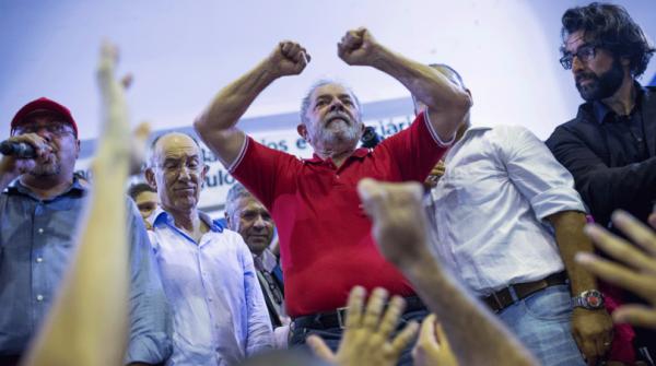 A consequência prática mais imediata da nomeação de Lula para um ministério é que o ex-presidente se livrará da Operação Lava Jato, do juiz Sérgio Moro, em Curitiba. -