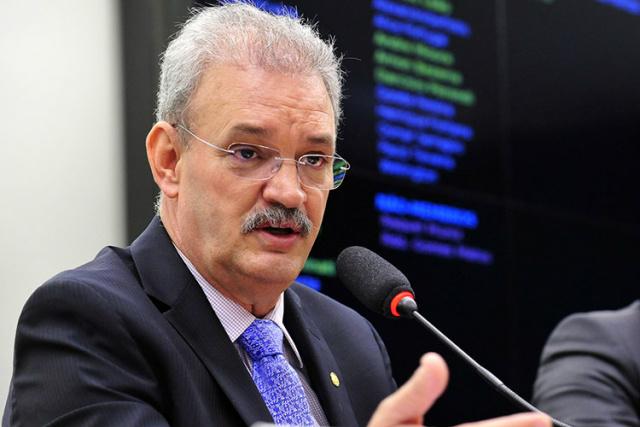 Deputado Geraldo Resende desembarca hoje em Campo Grande para assinar a filiação ao PSDB. - Crédito: Foto: Divulgação