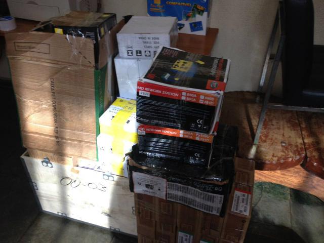 Foram mais de mil aparelhos eletrônicos apreendidos pelo DOF. - Crédito: Foto: Divulgação/DOF