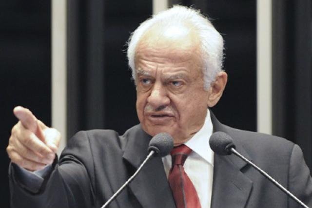 Ex-senador Pedro Simon  é advogado e professor universitário. - Crédito: Foto: Divulgação