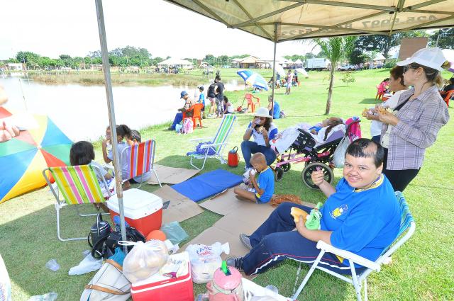 Torneio parapesca foi a grande atração do primeiro dia da festa. - Crédito: Foto: A. Frota