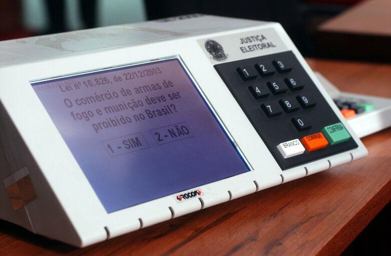 Hacker mostrou como fez para fraudar eleições. - Crédito: Foto: Divulgação
