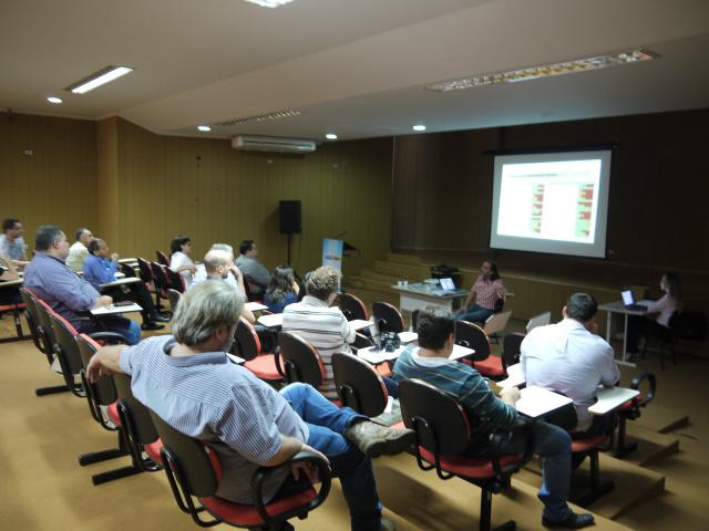 Audiência pública mostrou diagnóstico da mobilidade urbana. - Crédito: Foto: Max Rocha/Assecom