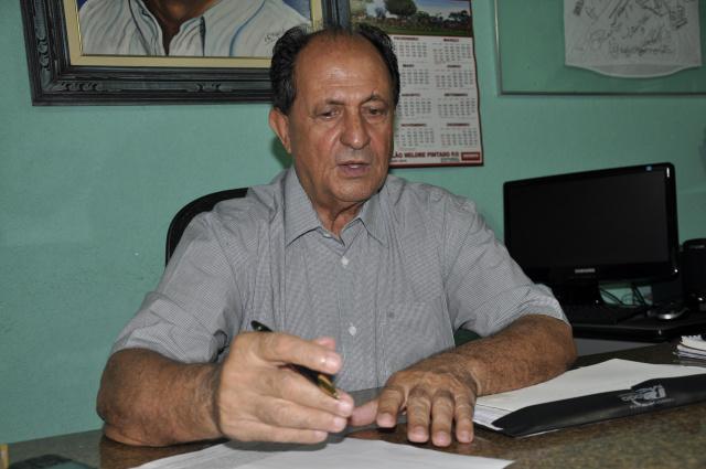 Deputado Zé Teixeira destaca investimentos do governo do Estado em Dourados e afirma que o município nunca foi tão prestigiado. - Crédito: Foto: Marcos Santos