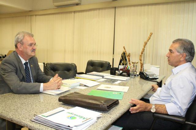 Deputado Geraldo Resende esteve com o Governador Reinaldo Azambuja na tarde de ontem. - Crédito: Foto: Divulgação