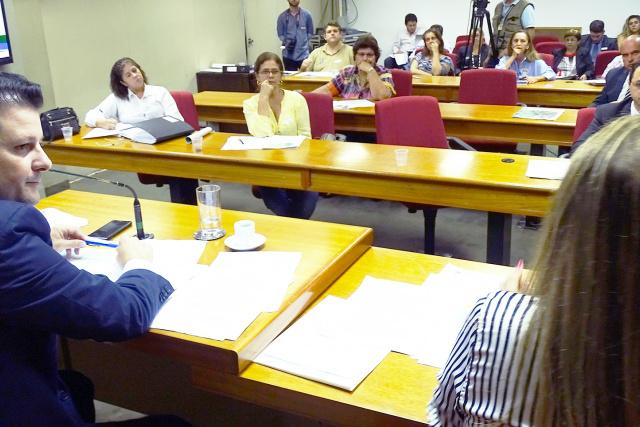 Deputado Renato Câmara durante audiência na Capital. - Crédito: Foto: Divulgação