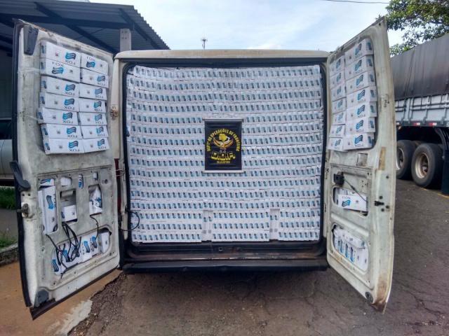 Contrabando de cigarro foi interpelado pelo DOF em rodovia. - Crédito: Foto: Divulgação/DOF