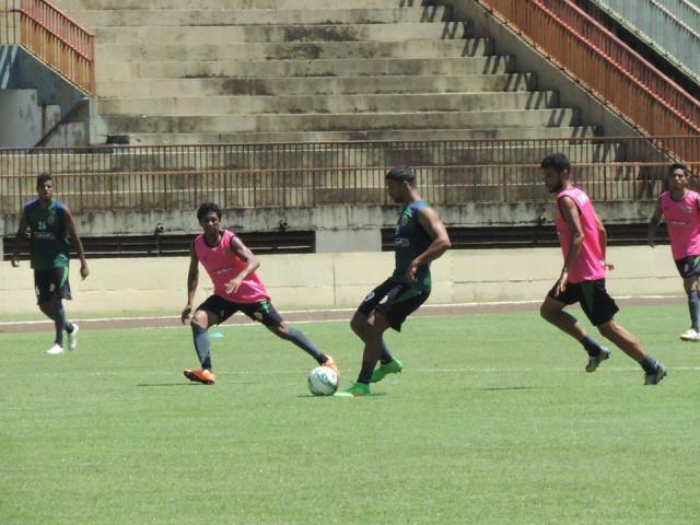 O Sete de Setembro de Dourados treina forte para manter a liderança do Grupo B do Estadual. - Crédito: Foto: Divulgação