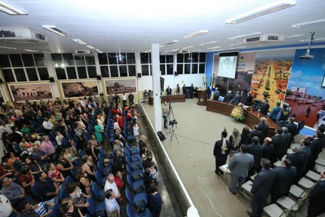 Com a premiação, a Câmara homenageia a mulher douradense. - Crédito: Foto: Divulgação