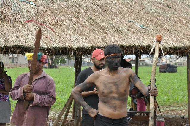 Indígenas alegam que a terra faz parte dos estudos de demarcação que tramitam sem conclusão. - Crédito: Foto: Hédio Fazan