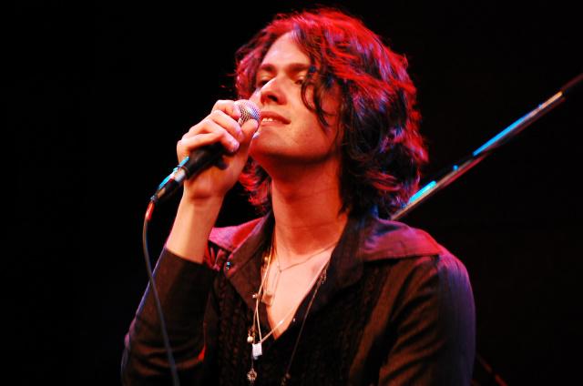 Filipe Catto Alves é cantor, compositor, pianista e violonista brasileiro de MPB. - Crédito: Foto:Pops Lopes
