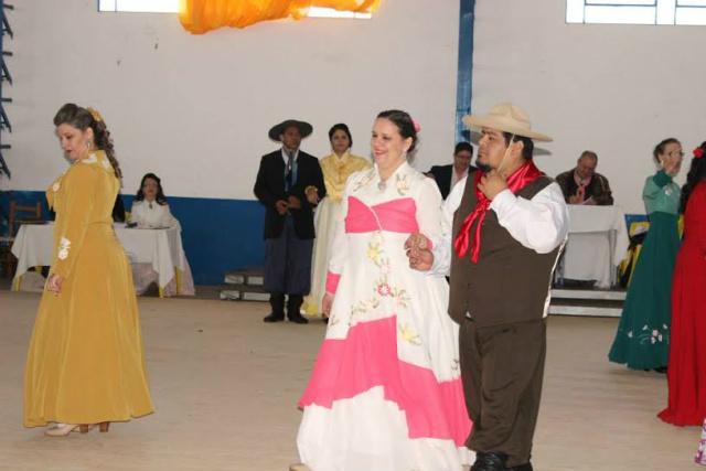 Danças tradicionalistas é uma das atrações do Espaço Cultural. - Crédito: Foto: Divulgação