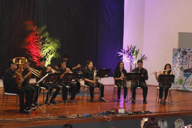 Festival da Melhor Idade contou com apresentações culturais nos dois lados da fronteira. - Crédito: Foto: Walmir Quintana