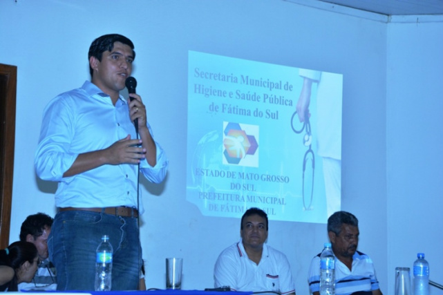 Prefeito Junior Vasconcelos destacou as ações realizadas e as que serão executadas. - Crédito: Foto: Rosana Silva