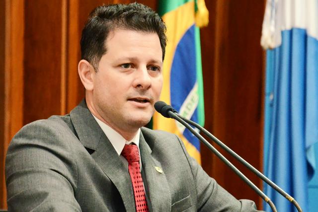 Renato Câmara manifestou total apoio ao projeto e parabenizou o governador pela sensibilidade de valorizar esses profissionais. - Crédito: Foto: Divulgação