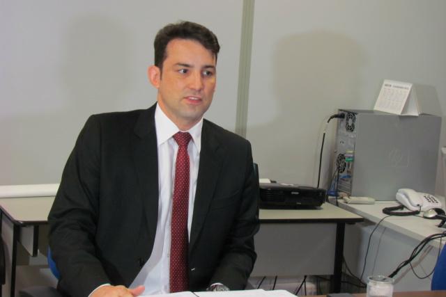Promotor de Justiça Fernando Zaupa explicou ação de execução de TAC contra Prefeitura da Capital. - Crédito: Foto: Elvio Lopes