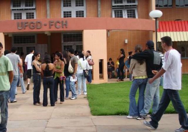 UFGD oferece 435 vagas para portadores de diploma -